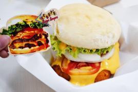 Teddy's Bigger Burgers แฮมเบอร์เกอร์ที่เค้าว่าดีสุดในฮาวาย