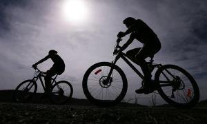 """5 ประโยชน์สุดเจ๋งของการ """"ปั่นจักรยาน"""""""