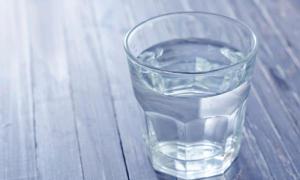 ชีวิตฟีลกู้ด แค่ดื่มน้ำเปล่าให้ถูกวิธี