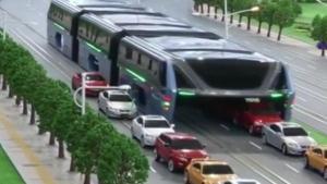 จีนผุดรถบัสสุดล้ำ ให้รถอื่นลอดใต้ท้องแก้ปัญหารถติด
