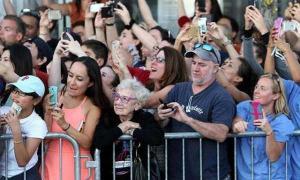 ยืนยันด้วยภาพ!! โทรศัพท์มือถือเป็นต้นเหตุของความหายนะของยุคใหม่