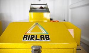 AIRLAB ผู้ผลิกฟื้น กล้องฟิล์ม จากความตาย..!?