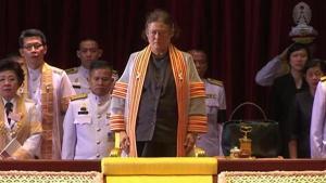 วินาทีสุดเศร้า สมเด็จพระเทพฯ ทรงพระกันแสง ขณะพระราชทานปริญญาบัตรแด่บัณฑิตจุฬาฯ