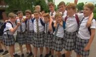 นักเรียนชายอังกฤษใส่กระโปรงเข้าเรียนอ้างอากาศร้อน