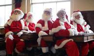 เผยหลักสูตรโรงเรียน 'ซานตาคลอส' สอนลุงซานต้าเพื่อทำงานในคืนวันคริสต์มาส