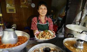 ตะลุยชิม! 9 ของอร่อยย่านตลาดน้อย เด็ดสุดๆ